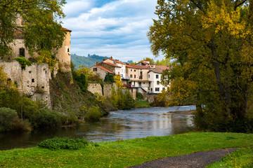 L'Allier passant à Lavoûte-Chilhac