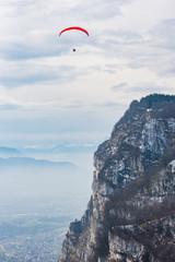 Parapente au dessus de Grenoble
