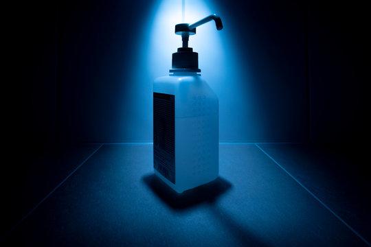 Hygiene Desinfektionsmittel Atemschutzmasken Einweghandschuhe - Schutmaßnahmen gegen Coronavirus Covid-19