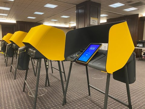 LOS ANGELES, CA, MAR 2020: Voting Center with new, modern, electronic voting booths with touch screens that generate paper copies, at Kenneth Hahn Hall of Administration, Downtown Civic Center