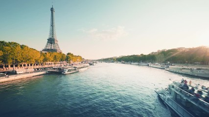 Fotomurales - Eiffel tower and sunny morning, Paris, France
