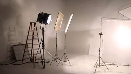 Big studio LED continue lighting for photo and video shooting production on tripod which very strong and powerful by more than 1000 watt and light setup include softbox or transperant paper for softer Fototapete