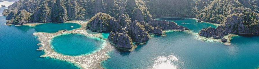 Aerial view of the Twin Lagoon in coron island, Palawan, Philippines Fototapete