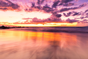 Foto op Plexiglas Koraal Maui Hawaii Sunset on beach