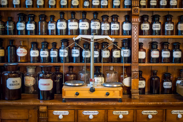 Photo sur Toile Pharmacie Old drug store, pharmacy museum in Wroclaw, Poland
