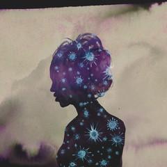Illustration woman Silhouette Coronavirus - Virus purple