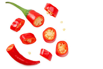Papiers peints Hot chili Peppers sliced red hot chili peppers isolated on white background. top view