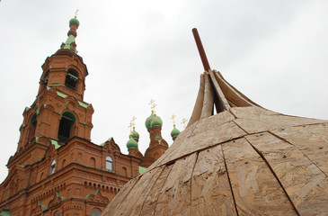 Fotobehang Temple Orthodox church with a new dome under construction.