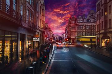 Fotomurales - Burning sunset on London old street.