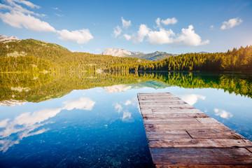 壁紙(ウォールミューラル) - Picturesque view of Black lake. Location place National park Durmitor, Montenegro, Europe.