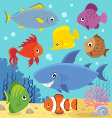 Fotorolgordijn Voor kinderen Stylized fishes topic image 5