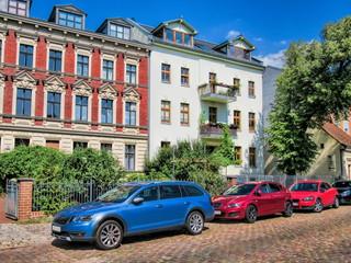 Fotomurales - berlin, deutschland - sanierte altbauten in friedrichshagen.