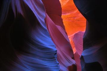 Photo sur Plexiglas Antilope antelope canyon vivid colors