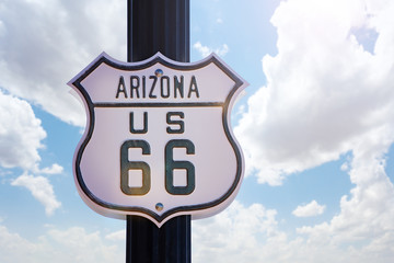 Foto auf Leinwand Route 66 Arizona historic route 66 white old sign over blue sky, USA