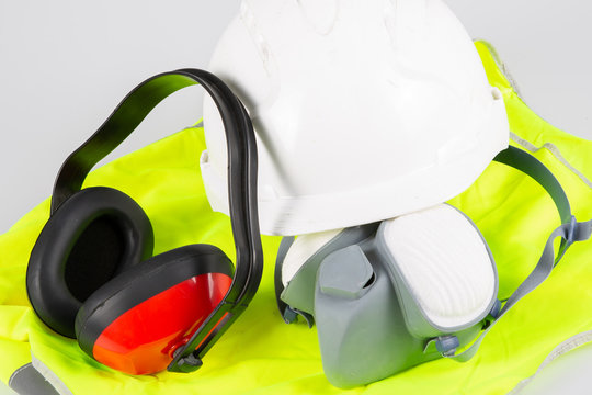 Standard safety construction equipment work wear with helmet respiratory mask yellow vest anti noise