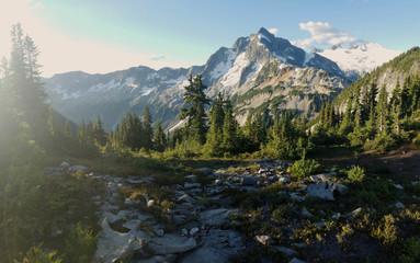 Foto op Canvas Alpen lake in mountains