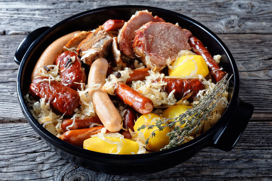 Alsace dish: sour cabbage with meat and potato