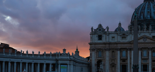 Sunset dramatic sky in Vatican Fotomurales