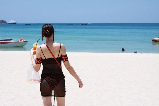 Beach Girl, Thailand
