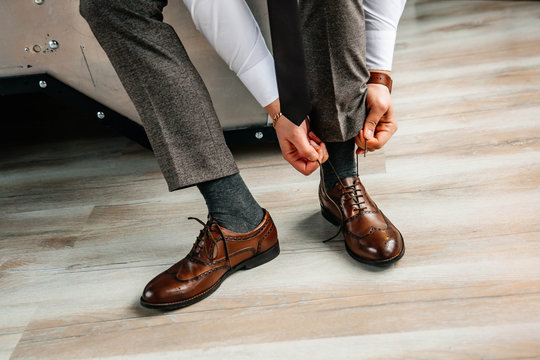 Men's leather shoes on the groom