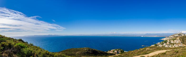 Tuinposter Kust Panoramic view of Gulf of Roses,L'Almadrava,Costa Brava,Catalonia,Spain