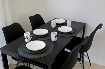 Fototapeta Stół z krzesłami jadalnia Kuchnia meble kuchenne obraz