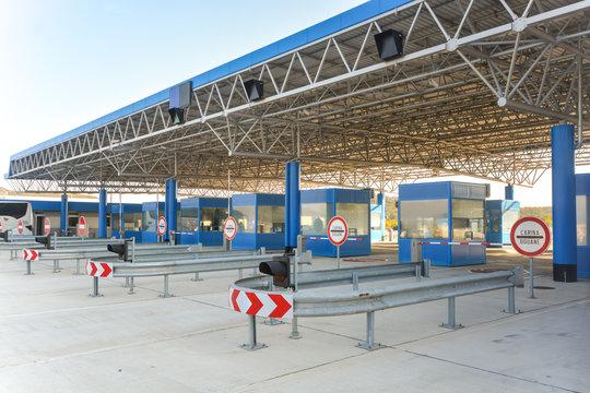 Empty border crossing at Ivanica between Bosnia and Herzegovina and Croatia.