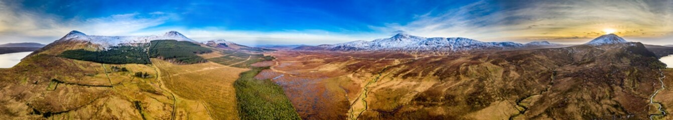 Deurstickers Bergen Aerial view of Mount Errigal, the highest mountain in Donegal, seen from South East with Aghla More and Aghla Beg and Derryveagh Mountains - Ireland