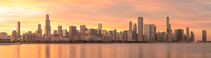 Fototapete - Chicago downtown buildings skyline sunset