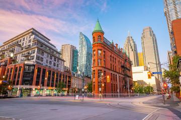 Papiers peints Toronto Downtown Toronto city Skyline at twiligh, Canada