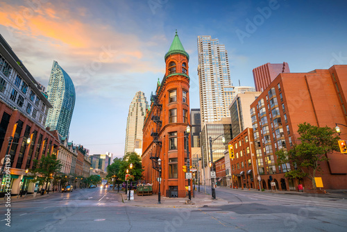 Fotomurales Downtown Toronto city Skyline at  twiligh, Canada