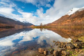 Fototapete - Reflections on Loch Leven