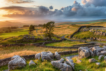 Wall Mural - A beautiful sunset over the Yorkshire Dales National Park