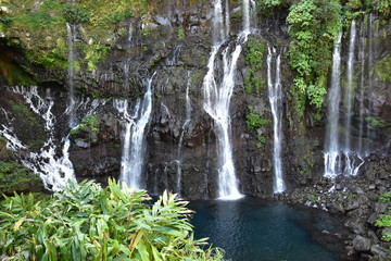 La cascade Langevin ou Grand Galet sur l'île de la Réunion Wall mural