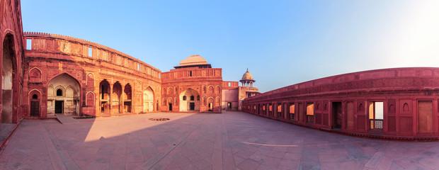 Fotobehang Oude gebouw Agra Fort palace in India, beautiful panorama