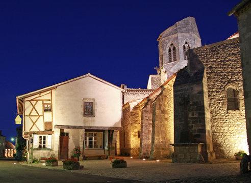 Village de Charroux dans l'Allier en France