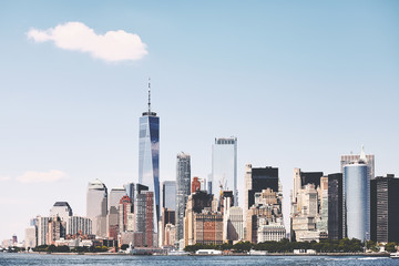 Photo sur Toile New York New York City skyline on a beautiful sunny day, color toning applied, USA.