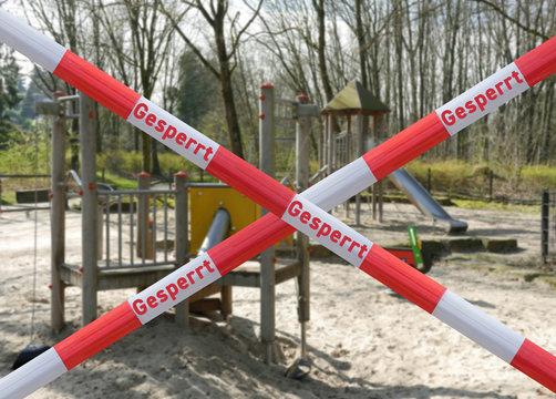 Ausgangssperre Coronavirus Spielplatz gesperrt Warnung