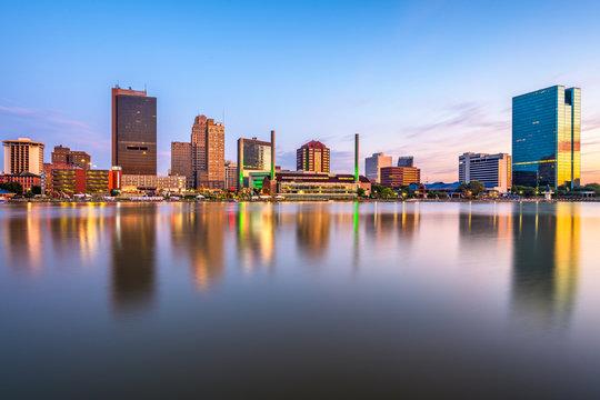 Toledo, Ohio, USA Town Skyline