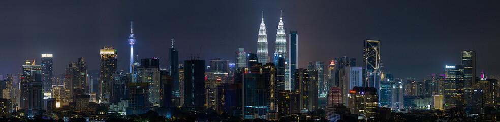 Kuala Lumpur skyline panoramic aerial view of buildings and landmarks centre Kuala Lumpur city. Fotomurales