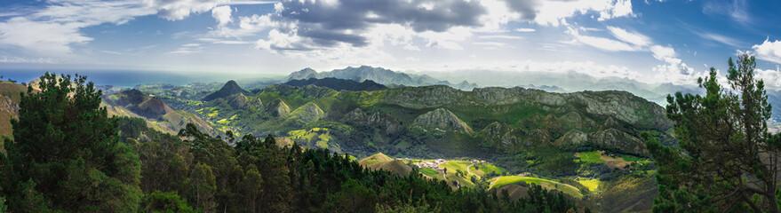 Papiers peints Gris traffic Picos de europa, mountains