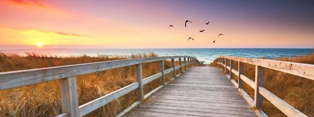 der Weg zum Meer an der Küste