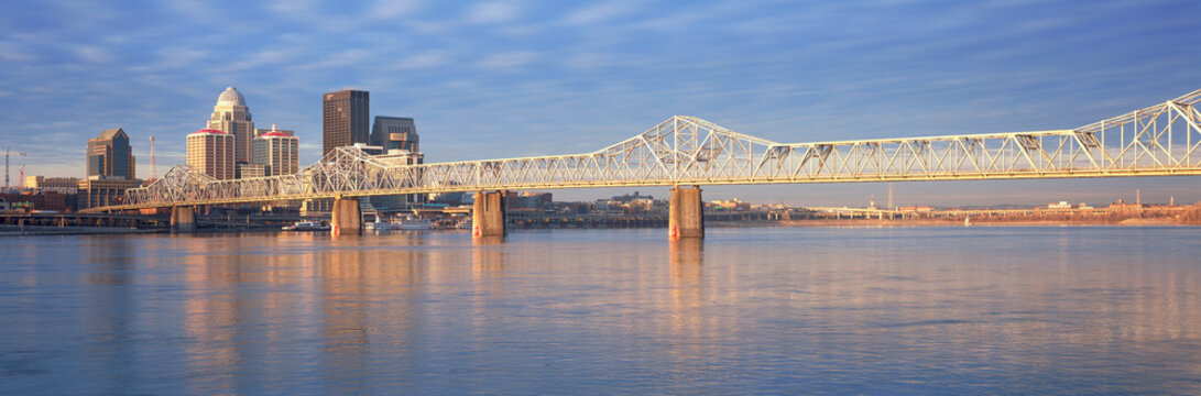 Panoramic view of the Ohio River and Louisville skyline, KY shot from Indiana