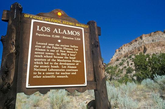 Entrance to Los Alamos, NM