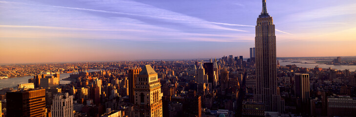 Fototapete - Panoramic view of New York City skyline with Empire State Building, Manhattan, NY