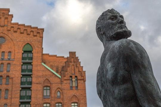 Statue in Hamburg