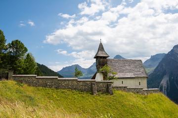 Wall Mural - Bergkirchli in Arosa im Kanton Graubünden / Schweiz