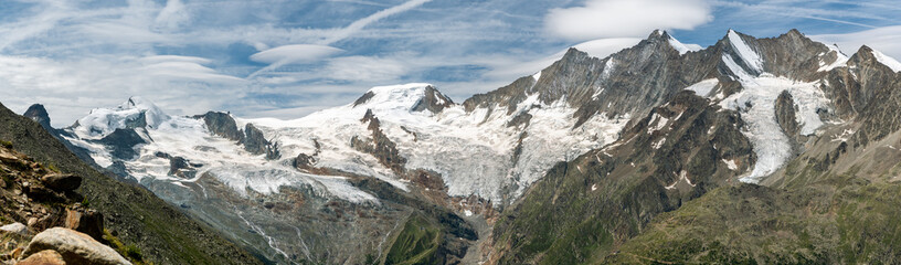 Wall Mural - Beautiful view on majestic Alps with Fee glacier above the Saas-Fee village in Switzerland