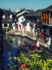 Fotobehang Oude gebouw Zhujiajiao Canal Town, Shanghai, China