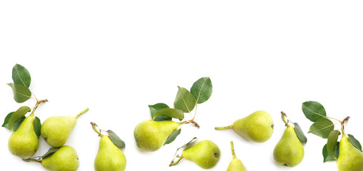 Fototapete - banner  from green pears with leaves isolated on white background, top view